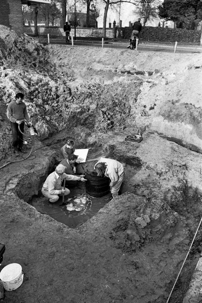 1988 opgraving Raadhuisweg 5 pro