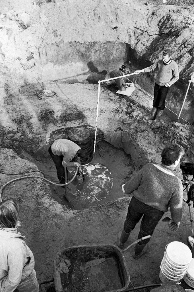 1988 opgraving Raadhuisweg 7 pro